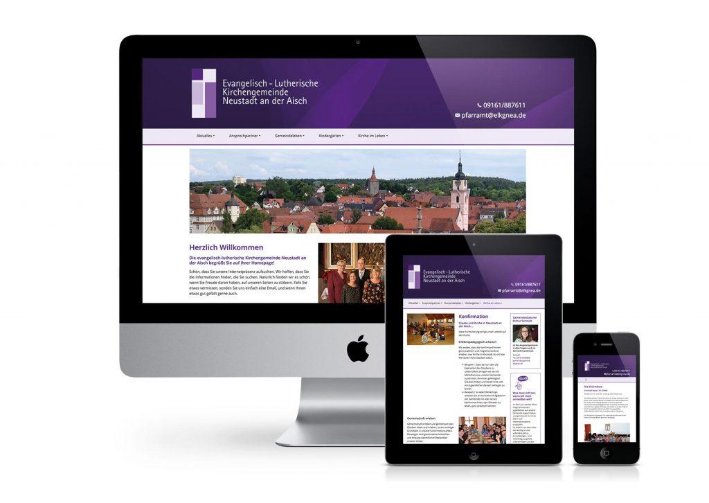Design der Internetseite von der evangelischen Kirche am PC