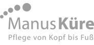 "Logo ""ManusKüre"" in Graustufen"